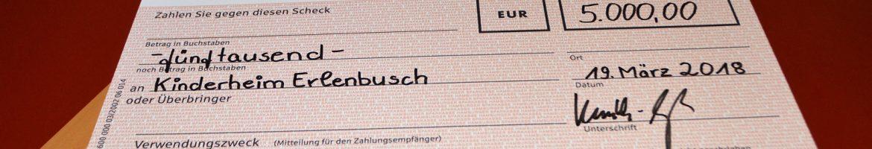 Scheck-von-HD-Hamburg-Nord-an-das-Kinderheim-Erlenbusch